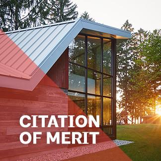 Midwestern Folly: A Modern Barn Retreat